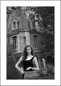 """#3. Париж, 2013, цикъл """"Тя"""" пигментен отпечатък, 70 x 50 см, рамка тираж 10+1, цена: 380лв."""