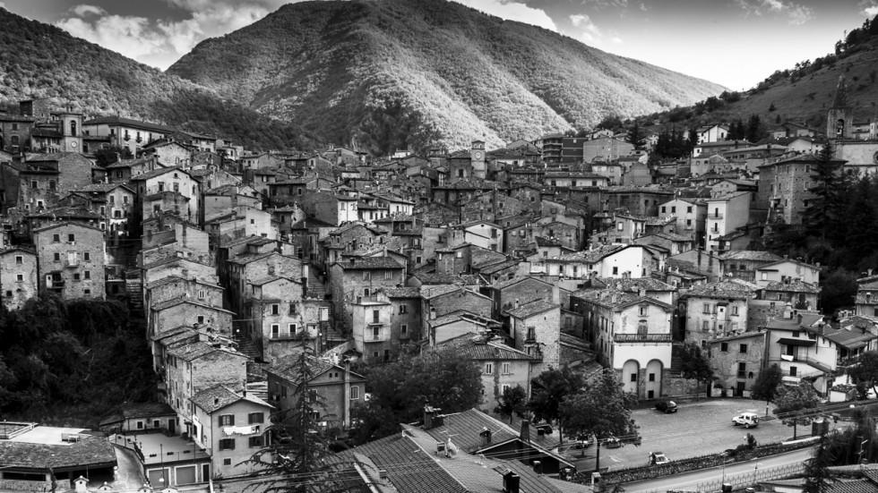 По стъпките на Картие-Бресон в Скано, Италия